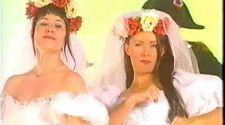 BANANARAMA - Waterloo (OFFICIAL MUSIC VIDEO)